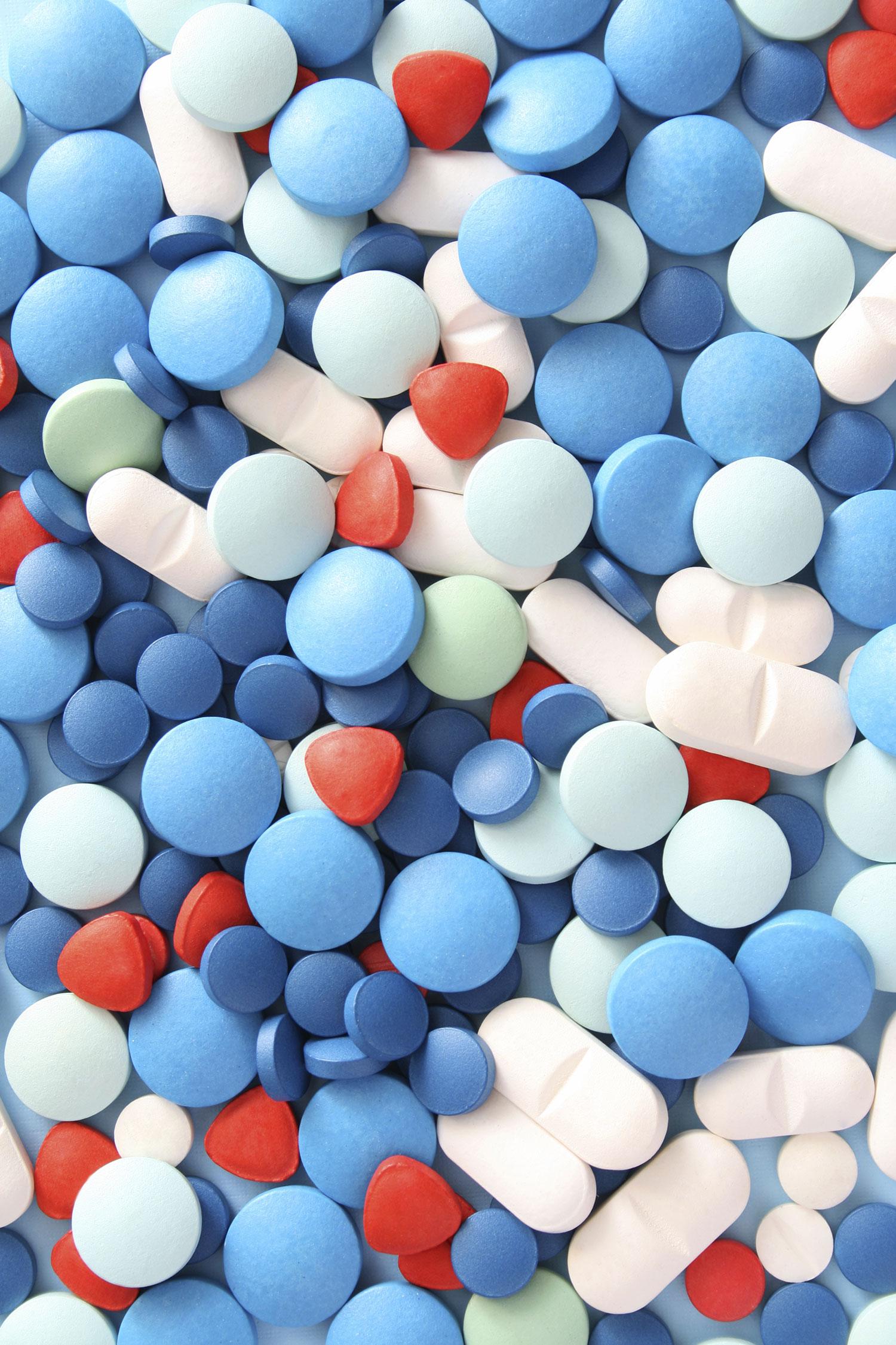 stock-photo-4956493-pills